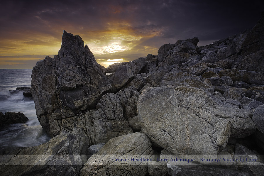 Welcome to Philippe Albanel Photography. Click to enter. Photos de Paysages, Landscape Photos from France, Bretagne, Normandy, Alpes, Vendée, French Riviera, Pays de la Loire, Loire-Atlantique, Coast, Creeks, Rivers and valleys, Landscape, Seascapes, Lakescapes.