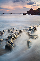 tableau decoratif, decoration, tableau decoration, tableau abstrait, paysage de vendée, paysage de bretagne, paysage de mer, cadeau,corniche vendéenne, brétignolles, la paréee, la sauzaie, plage, rocher, sainte véronique, coucher de soleil, paradisiaque, fine art, photographie, rose, jaune, blanc, jaune, bleu, la vigie, favorites